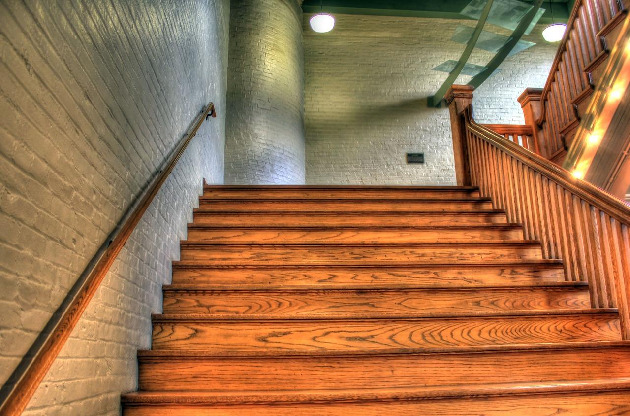 Halbgewendelte Treppen